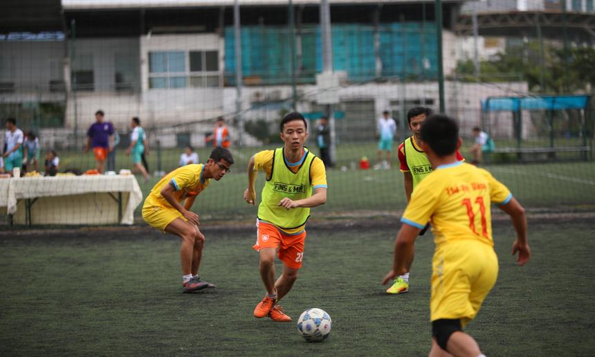 """Đặc biệt, đây còn là cơ hội để các cầu thủ trẻ có thể giao lưu, học hỏi và xây dựng truyền thống đội tuyển. Với tính chất giao hữu, hàng loạt pha bóng đẹp được tạo ra. Đội tuyển trẻ FPT Software (từ năm 2020) có trận hoà 3-3 với các đàn anh """"Thế hệ vàng"""" (từ 2010 về trước)."""