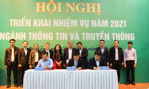 FPT hợp tác chuyển đổi số với Đà Nẵng