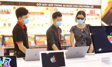 FPT Shop nhân đôi ưu đãi mùa Covid-19: Giảm giá laptop, tặng combo làm ở nhà