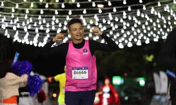 Runner FPT được giảm giá 30-50% tại VnExpress Marathon Hanoi Midnight