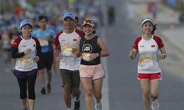 Runner FPT nhận ưu đãi chào Xuân từ VnExpress Marathon Amazing Halong