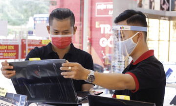 Doanh số laptop của FPT Shop tăng gấp 5 lần sau Tết
