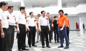 FPT hợp lực Bình Định đẩy nhanh tiến độ xây dựng Trung tâm Trí tuệ nhân tạo