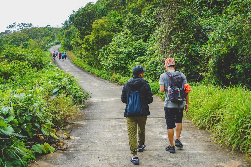 Các thành viên chọn cung đường tại bán đảo Sơn Trà bởi đây được bao quanh là bãi biển trải dài, đường dốc, nhiều đoạn cua vòng cung, không khí trong lành...