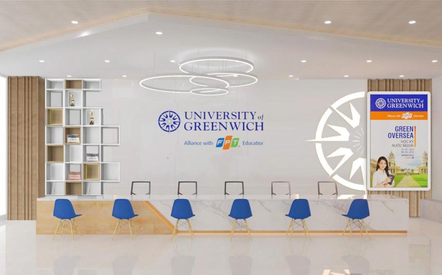 Cơ sở mới của Đại học Greenwich (Việt Nam) tại TP HCM nằm trong Khu phức hợp Cộng Hòa Garden, số 20 đường Cộng Hòa, phường 12, quận Tân Bình, TP.HCM. Nơi đây có ưu điểm thoáng đãng, rộng rãi và thuận lợi hơn về giao thông. Đặc biệt, không gian 'xịn xò' này hứa hẹn sẽ phục vụ tốt nhu cầu học tập, rèn luyện... của sinh viên.