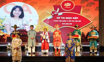Top 50 FPT Telecom mang áo dài ngũ thân nhận vinh danh 'hiền tài'