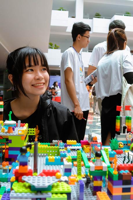 Gần 2.000 bạn trẻ Đà Nẵng tham dự ngày hội Toán học mở của FPT Education
