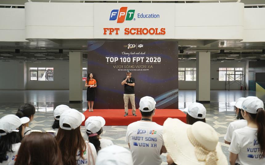 """Theo Chủ tịch ĐH FPT Lê Trường Tùng, campus xanh là chủ trương xuyên suốt của khối Giáo dục FPT. """"Mong mỗi tỉnh thành sẽ có đủ các cấp, từ tiểu học đến THPT FPT. Trong đó, các trường chỉ tối đa 40% là bê tông, còn lại là cây xanh, khuôn viên và các tiện ích""""."""