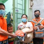 Giám đốc Vùng 5 cùng anh em FPT Telecom Sài Gòn 'tích cốc phòng cơ'