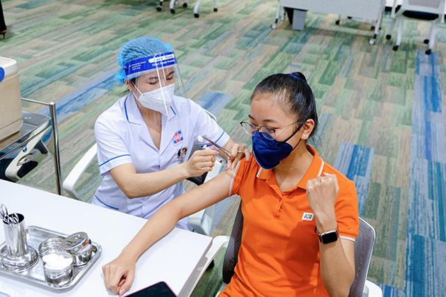 fpt-vaccine-8031-1624846755.jpg
