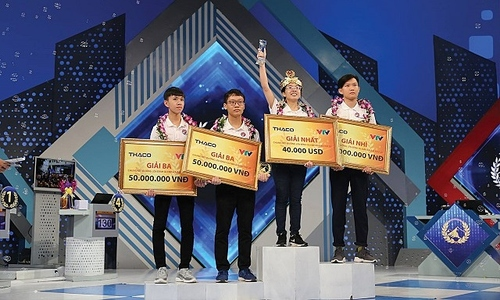 Hai nhà vô địch quý Olympia theo học IT tại Swinburne Việt Nam