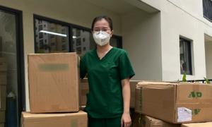 Quỹ Hy vọng 'tiếp sức tâm dịch' 8.000 đồ bảo hộ cấp 4