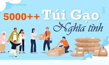 FPT cứu trợ gia đình nghèo ở TP HCM với 'Túi gạo nghĩa tình'