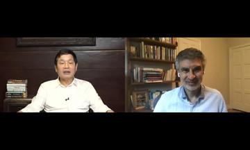 Chủ tịch FPT đối thoại với 'bố già' AI thế giới