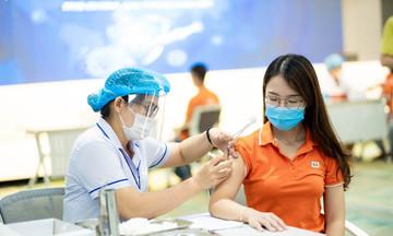 Người FPT trở lại văn phòng làm việc khi tiêm vaccine mũi 1 được 14 ngày