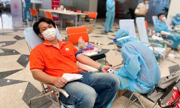 FPT Cần Thơ mở màn đợt 3 'Giọt máu nghĩa tình' trên toàn quốc