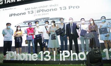 FPT Shop là chuỗi cửa hàng chính hãng đầu tiên mở bán iPhone 13 series tại Việt Nam